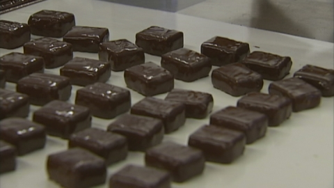 Chocolate linked to lower risk of heart disease