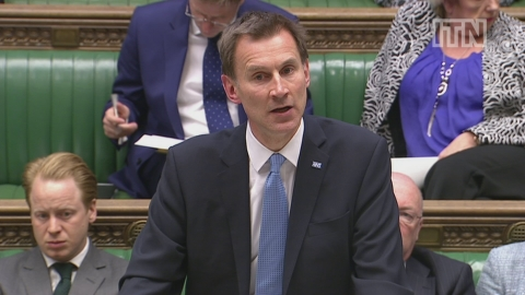 Jeremy Hunt makes appeal to junior doctors