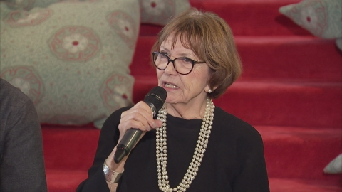 Joan Bakewell apologises for her comments on anorexia