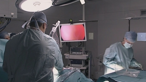 The innovative Freehand camera technology allows greater control in the operating theatre