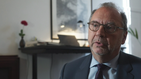 Peter Piot: UK outbreak team could help avert catastrophes