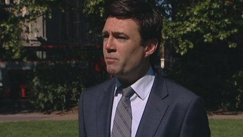 Burnham: A&E waiting times in a mess