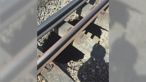 Sinkhole under rail tracks causes commuter chaos in London
